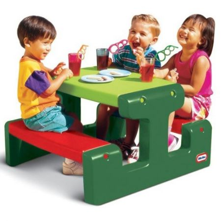 Masuta colorata pentru copii, din plastic, Little Tikes Picnic