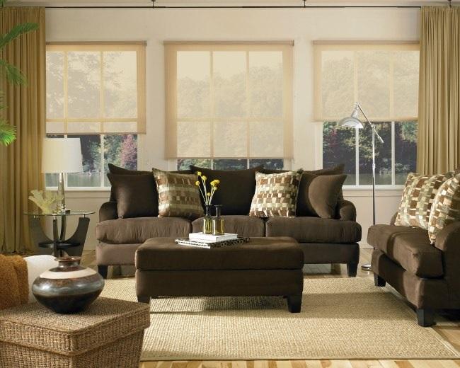 Cele mai noi modele de canapele maro, pentru living - fixe, extensibile sau coltar?